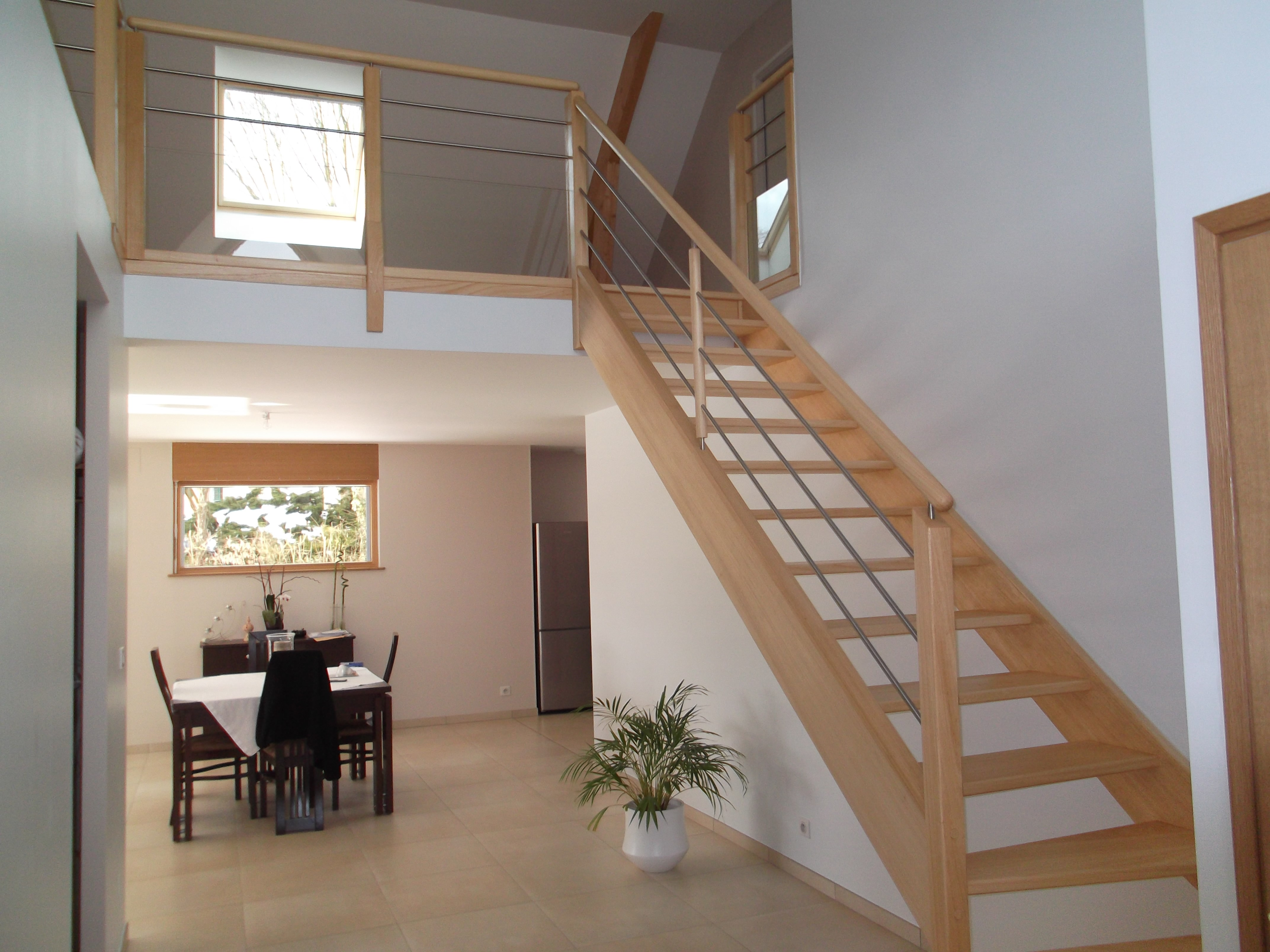 Bien pr senter l int rieur d un bien immobilier avant de for Construction escalier interieur