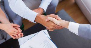 serrage main après proposition